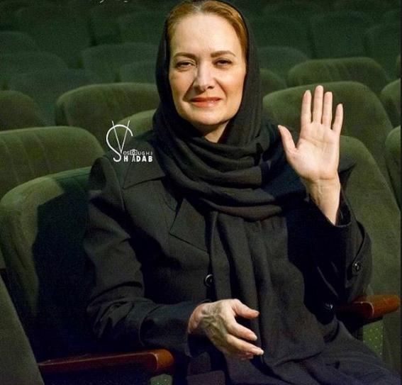 بيوگرافی افسانه ناصری