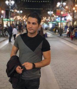 عکس اینستاگرام احمد سعیدی در خیابان