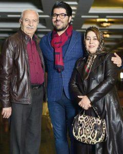 عکس اینستاگرام حامد همایون در کنار پدر و مادرش
