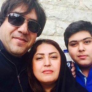 عکس اینستاگرام مانی رهنما در کنار همسر اول و پسرش