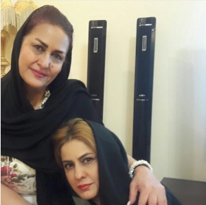 عکس اینستاگرام مهسا مهجور و مادرش