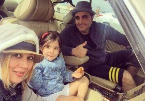 عکس اینستاگرام سینا سرلک در کنار همسر و دخترش