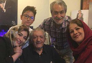 عکس اینستاگرام آذرنوش صدرسالک در کنار خانواده اش