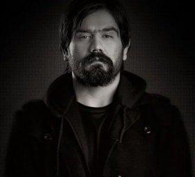 بیوگرافی علی سورنا