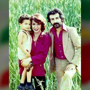 عکس اینستاگرام بتی(بتول فخری) در کنار همسر و پسرش