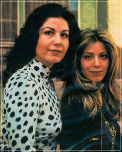 عکس اینستاگرام اکرم بنایی در کنار خواهرش پوری بنایی