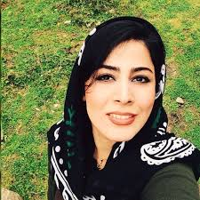 بیوگرافی هاله سیفیزاده