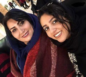 عکس اینستاگرام یلدا عباسی در کنار مادرش