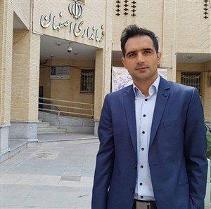 بیوگرافی احمد جمشیدیان به همراه داستان زندگی شخصی و عکس های اینستاگرامی