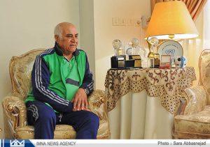 بیوگرافی محمود یاوری به همراه داستان زندگی شخصی و عکس های اینستاگرامی