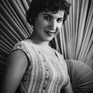 بیوگرافی یاسمین (مهر بانو (پروانه) سلامی)