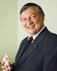 بیوگرافی آناتولی کارپف