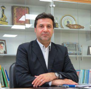 بیوگرافی محمود افشاردوست به همراه داستان زندگی شخصی و عکس های اینستاگرامی