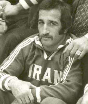 بیوگرافی منصور برزگر
