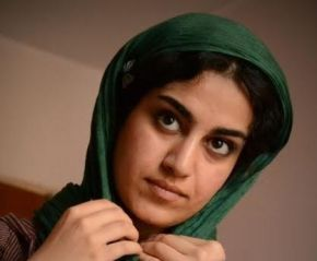 بیوگرافی مهرنوش ستاری
