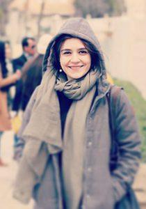 بیوگرافی مونا احمدی به همراه داستان زندگی شخصی و عکس های اینستاگرامی