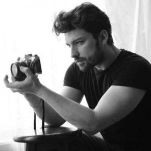 بیوگرافی آلپ ناوروز به همراه داستان زندگی شخصی و عکس های اینستاگرامی
