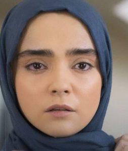 بیوگرافی مهتاب اکبری به همراه داستان زندگی شخصی و عکس های اینستاگرامی