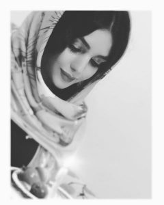 بیوگرافی یاسمن مرآتی به همراه داستان زندگی شخصی و عکس های اینستاگرامی