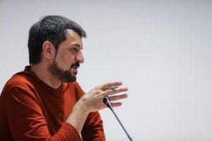 بیوگرافی محمود شهریاری به همراه داستان زندگی شخصی و عکس های اینستاگرامی