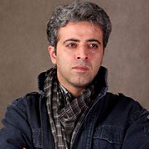 بیوگرافی ایوب آقاخانی به همراه داستان زندگی شخصی و عکس های اینستاگرامی