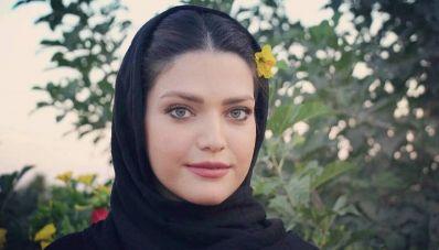 بیوگرافی مهشید مرندی