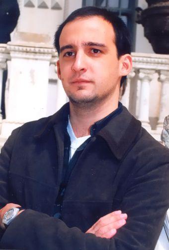 بیوگرافی آلخاندرو آمنابار