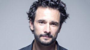 بیوگرافی خودریگو سانتورو