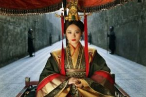 بیوگرافی سون لی به همراه داستان زندگی شخصی و عکس های اینستاگرامی