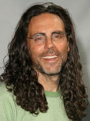 بیوگرافی تام شادیاک