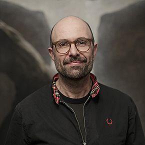 بیوگرافی فیلیپ اشتولتسل به همراه داستان زندگی شخصی و عکس های اینستاگرامی