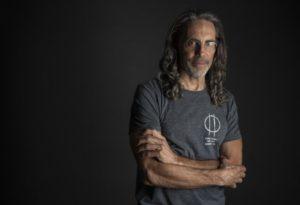 بیوگرافی تام شادیاک به همراه داستان زندگی شخصی و عکس های اینستاگرامی