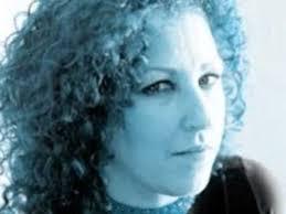 بیوگرافی روت-ان بویل