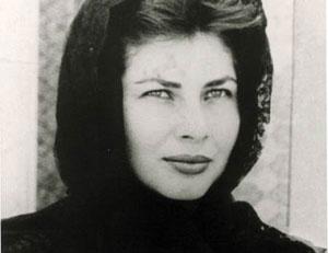 بیوگرافی ثریا اسفندیاری به همراه داستان زندگی شخصی و عکس های اینستاگرامی