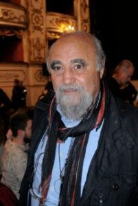 بیوگرافی عباس عطار