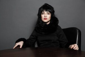 بیوگرافی میترا فراهانی به همراه داستان زندگی شخصی و عکس های اینستاگرامی