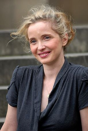 بیوگرافی ژولی دلپی