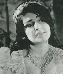 بیوگرافی ثریا بهشتی به همراه داستان زندگی شخصی و عکس های اینستاگرامی