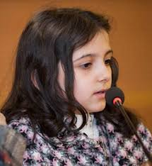 بیوگرافی کیمیا حسینی به همراه داستان زندگی شخصی و عکس های اینستاگرامی