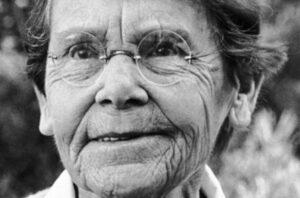 بیوگرافی باربارا مککلینتاک به همراه داستان زندگی شخصی و عکس های اینستاگرامی