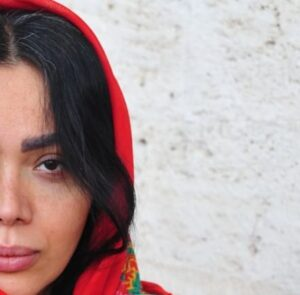 بیوگرافی عسل لباسچی به همراه داستان زندگی شخصی و عکس های اینستاگرامی
