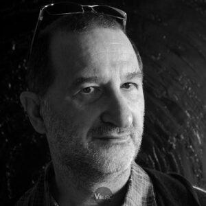 بیوگرافی آرماند آمار به همراه داستان زندگی شخصی و عکس های اینستاگرامی
